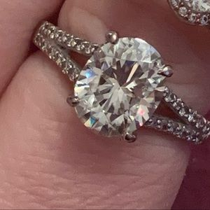Moissanite Fire diamond ring  3.87ctw